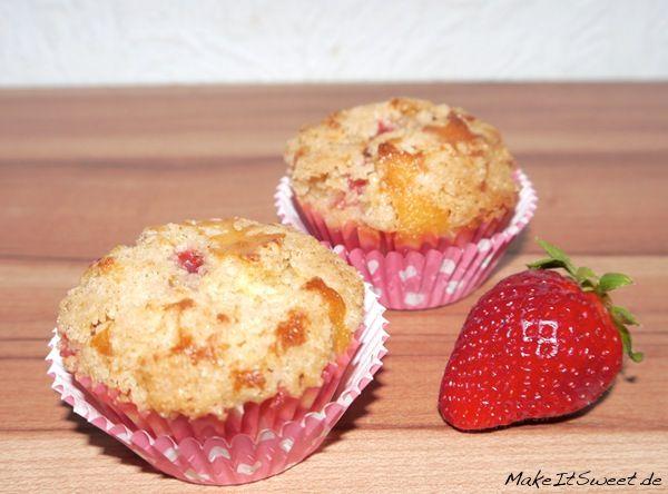 Gefüllte Muffins mit Erdbeere Rhabarber Zimt Streuseln Rezept