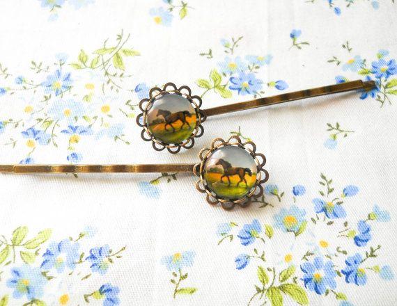 Horse Hair Pins, Horse Bobby Pins, Antique Bronze Hair Pins, Vintage Style Hair Pins, Horse Cabochon Hair Pins, Glass Cabochon Bobby Pins