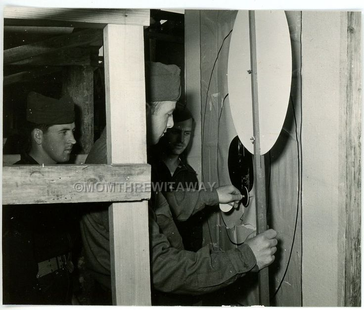 WWII PHOTO GA Camp Wheeler Army Military Gun Range Targets Mechanism Inside Pits