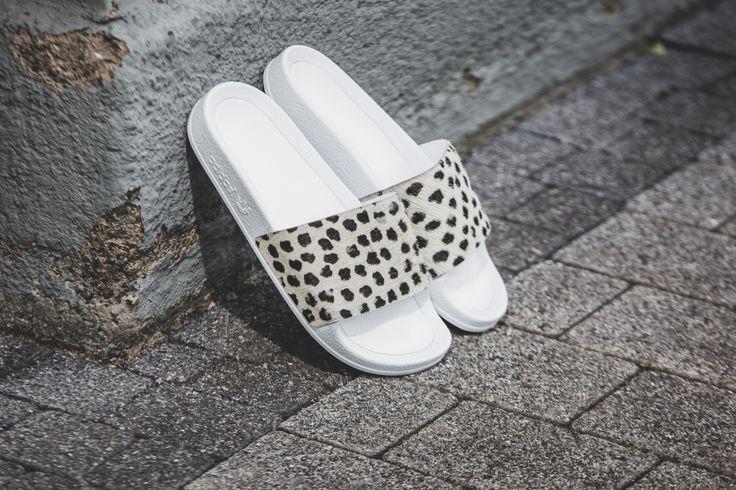 adidas Adilette Premium (weiß) - S78696 | 43einhalb sneaker store