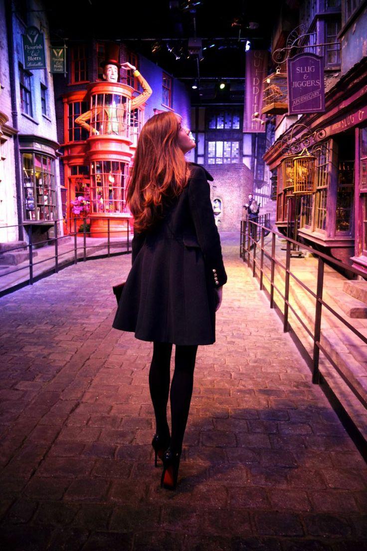 Hogwarts Christmas Feast - The Londoner @Kate McCardell so jealous!!
