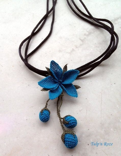 Handmade Turkish Needle Lace Blue Flower Necklace
