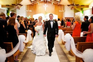 Country wedding recessional songs can perfectly end the ceremony part of your day and get everyone ready to celebrate and dance! Here are a few songs you'll want to consider.