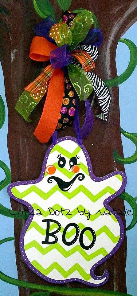 Ghost door hanger. www.facebook.com/lotzadotzbynatalie: Autumn Halloween Thanksgiving, Ghosts Doors, Doors Decor, Doors Hangers Fal, Doorhangers Halloween, A Doors Able, Doors Hangers Wreaths, Wreaths Doors, By Hangers
