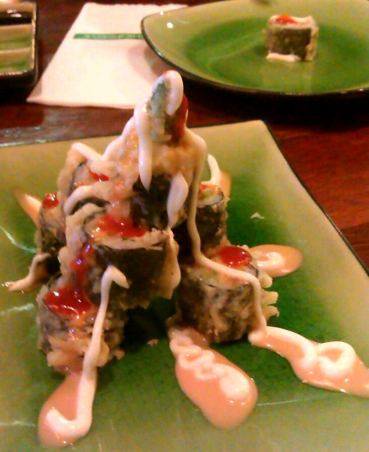 Krakatau Sushi Roll