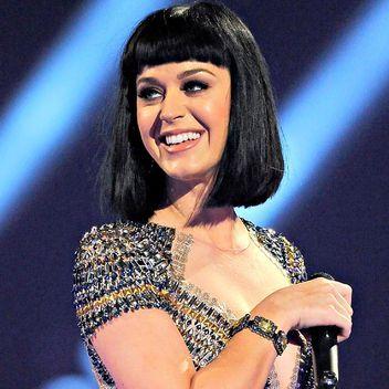 Katy Perry's Cleopatra hair <3