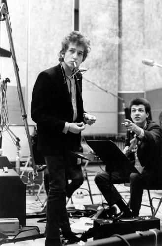 Dylan in studio during recording of Highway 61 Revisited