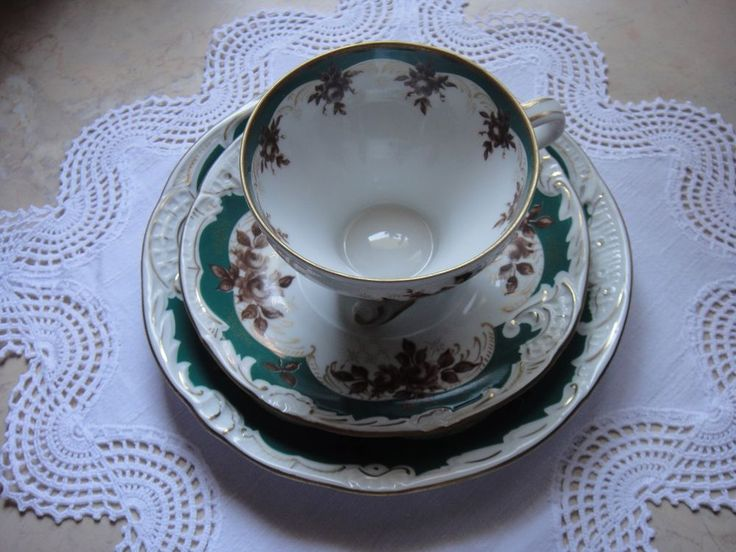 die besten 25 braunes porzellan ideen auf pinterest teetassen tee sets klassisch und teetasse. Black Bedroom Furniture Sets. Home Design Ideas
