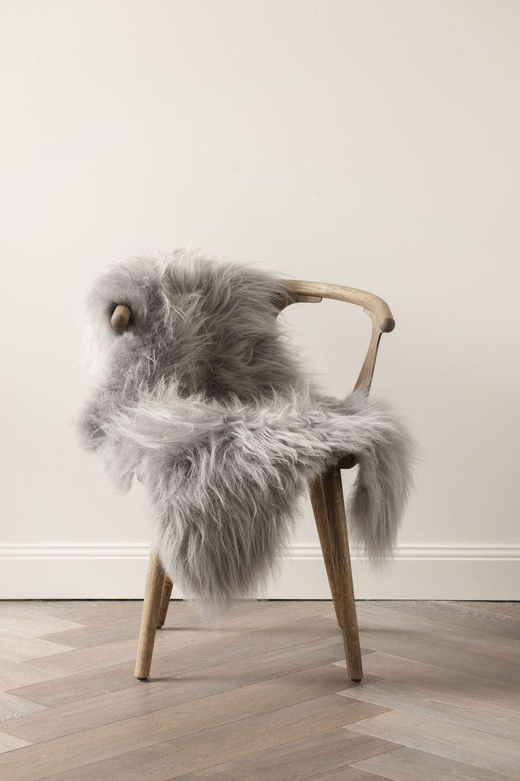 Bertoia diamond chair sheepskin - Image Of Silver Icelandic Sheepskin