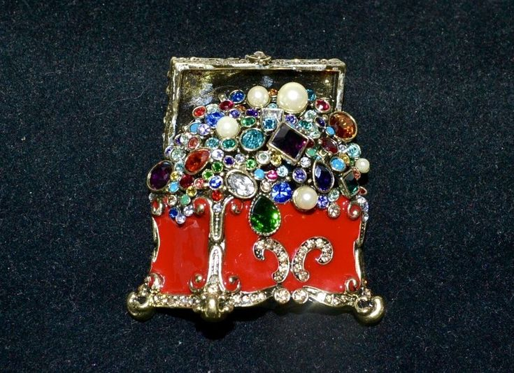 "New $190 HEIDI DAUS ""Treasure Trove"" Chest of Jewels Pin SWAROVSKI CRYSTALS 