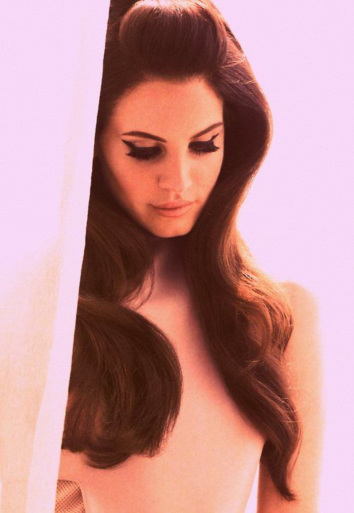 lana del rey- her hair is the most beautiful thing...