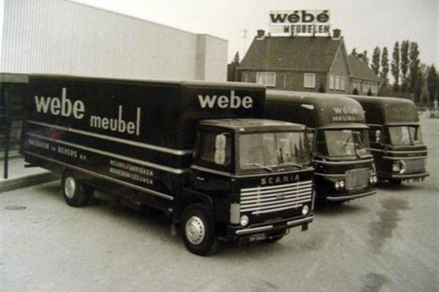 WéBé (Walraven-Bevers) meubelfabriek Beneden-Leeuwen. Vanaf 1938, succesvol vooral in '50-'60er jaren, met Louis Van Teeffelen als bekendste ontwerper in die periode.