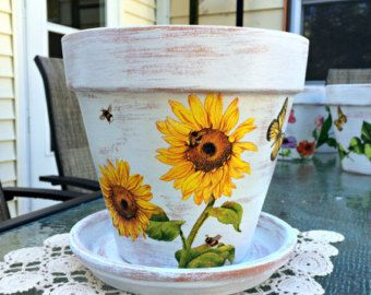 Articoli simili a pottery, hand painted clay pot, planter, teal flower pot, hand painted, garden decor, home decor, Italian clay pot, gift, flower pot su Etsy