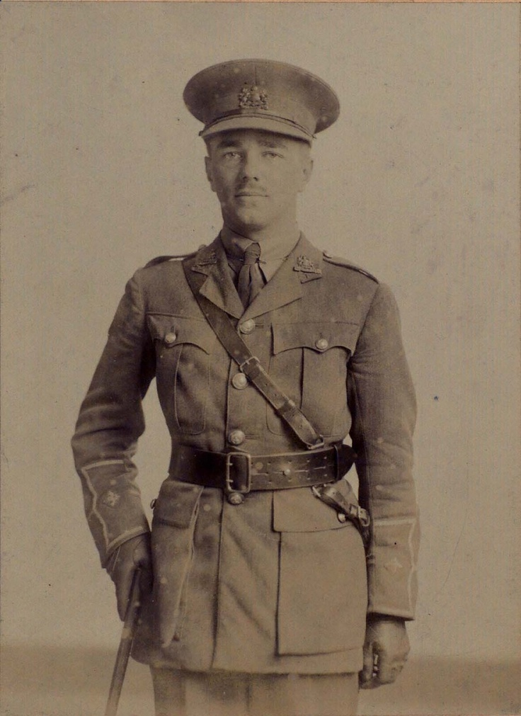 Wilfred Owen, 1916.  From Oxford University's First World War Poetry Digital Archive.