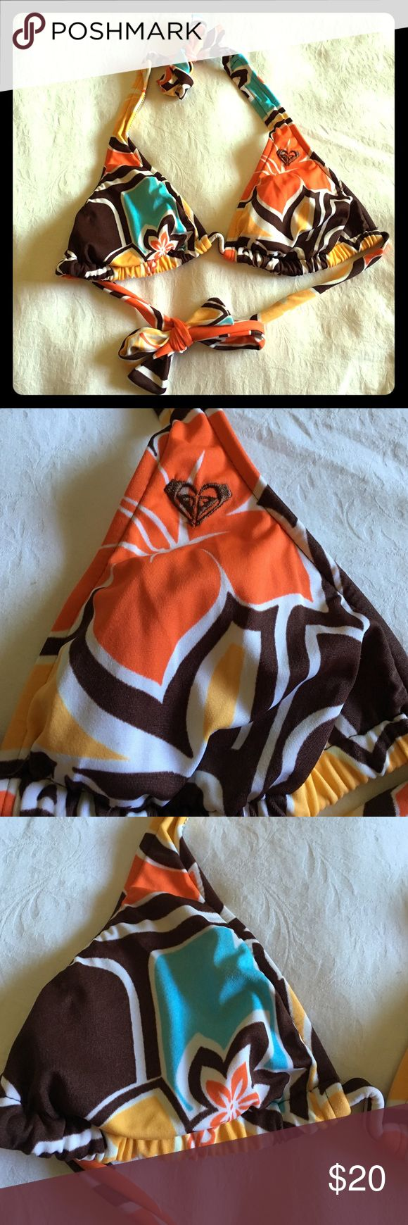 NWOT, Roxy bathing suit top! Super cute, tropical color bathing suit top. Ties around the neck and back with adjustable cups. Size M. Comes from a smoke and pet free home. Roxy Swim