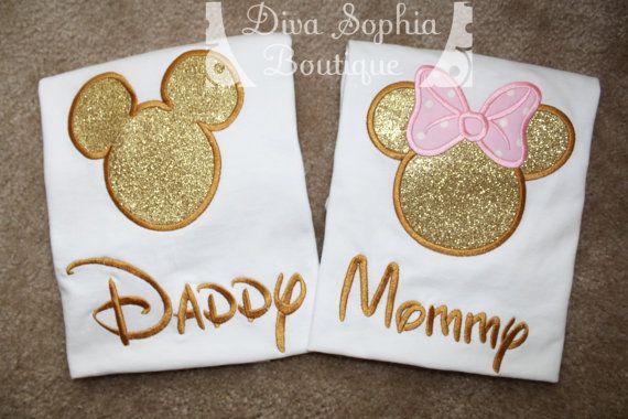 Papá y mamá Mickey y Minnie camisetas  color de rosa y oro