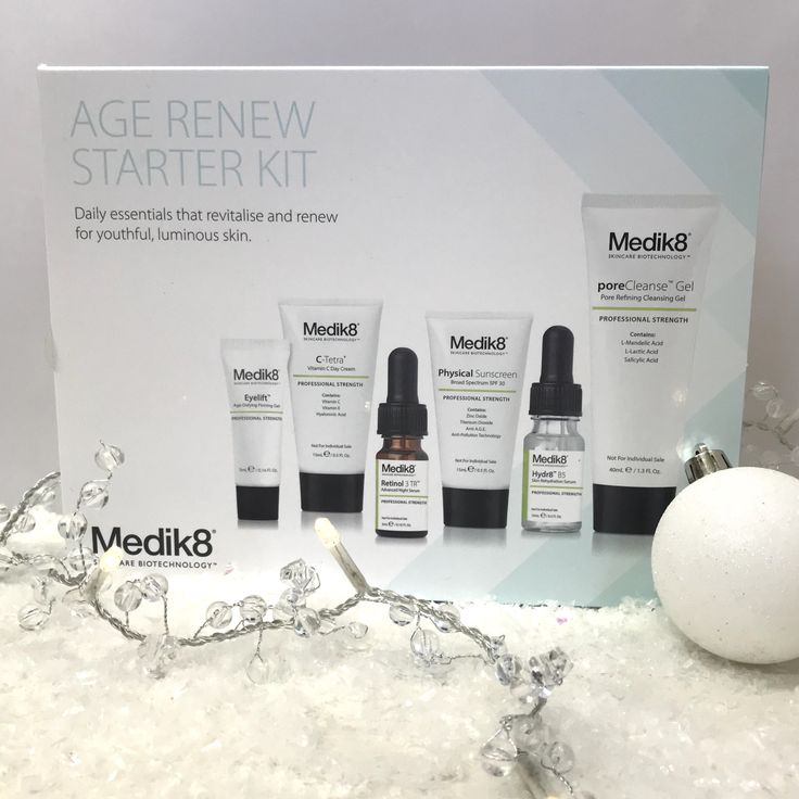 Still wondering what to get mum for Christmas? The Age Renew Starter kit from @medik8 is ideal at only £48 plus 10% Off with code: GIFTS10  https://goo.gl/o2ZeQ4 https://youtu.be/mgvEHJO8RZs