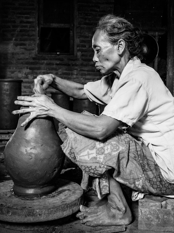 Pottery Craft Maker by Rose Kampoong on 500px