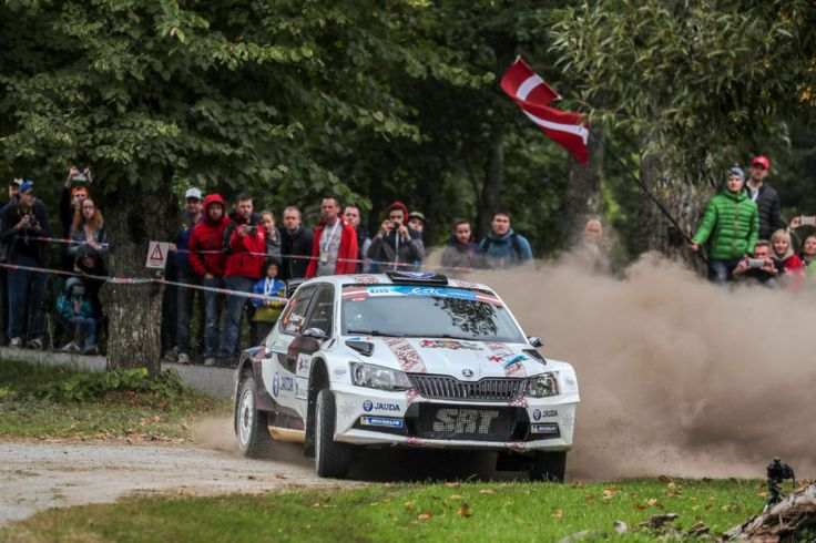 Skoda Fabia R5  2016 FIA European Rally Championship