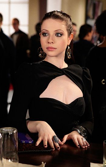 Fab eyes & nails - Georgina Sparks, Gossip Girl Season 5