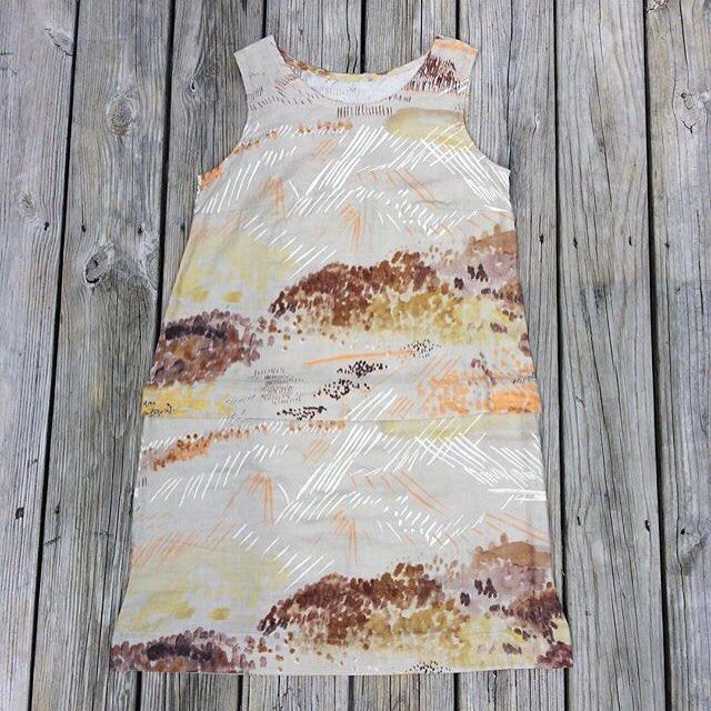 We can't believe our eyes! This Willow Tank Dress by @dankajx made from Nani Iro fabric is perfect. #grainlinestudio #willowtankdress