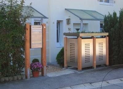 Tonnenhaus  http://www.designchen.de/2010/09/25/gartenakzente-–-der-spezialist-fur-sichtschutz-und-mulltonnen-hauser-nahe-munchen/#  http://www.gartenakzente.de/index.php?id=zaeunespaliere