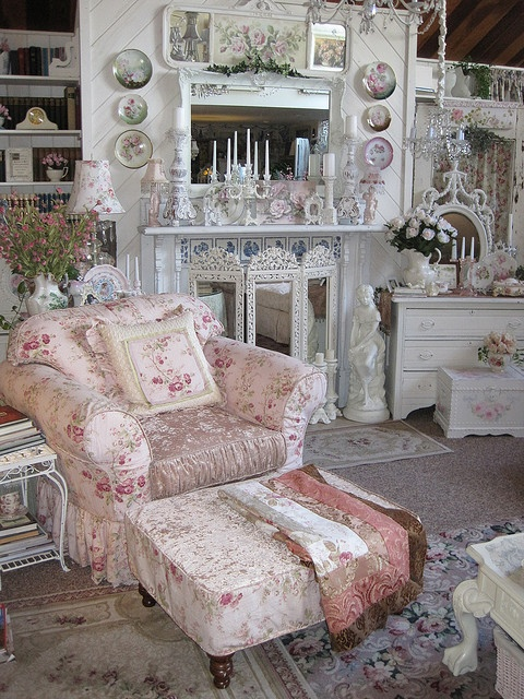 Shabby Cottage Chic room decor pink