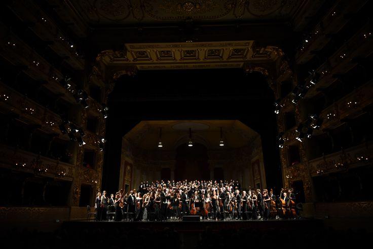 Filarmonica Arturo Toscanini, Coro del Teatro Regio di Parma, Coro di voci Bianche della Corale Giuseppe Verdi, Jader Bignamini, Michele Pertusi - foto Roberto Ricci