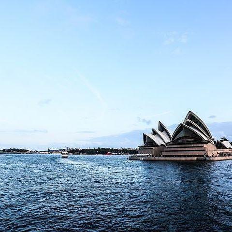One fine afternoon in #Sydney. #beautifulsydney #sydneyharbour #sydneyoperahouse