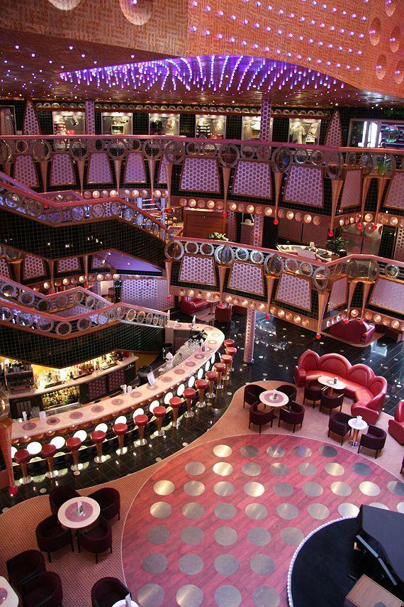 Carnival Splendor - The Splendor Lobby
