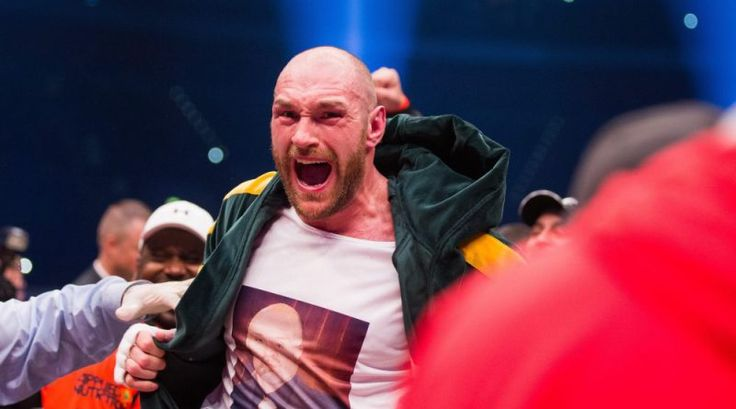 Tyson Fury serenades his wife in the ring after beating Wladimir Klitschko