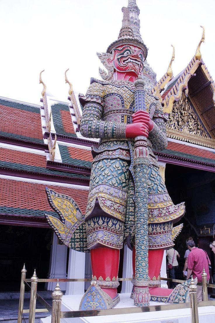 エメラルド寺院 (ワット プラケーオ)