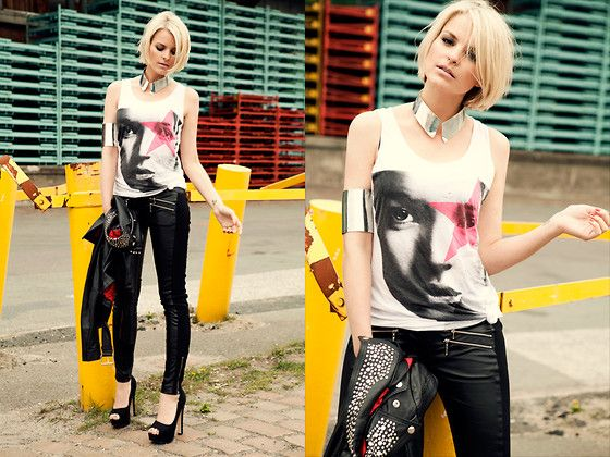 Leather skinny pant and tank: Paris Leather, Girls, Black Leather Jackets, Heart, Shirts, Stars, Cuffs, Skinny Pants, Leather Pants
