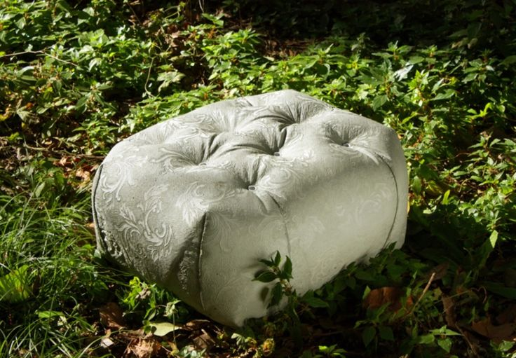Love the soft upholstered look of this #concrete outdoor pouf M Bench by Grupo-Bondi #garden #design