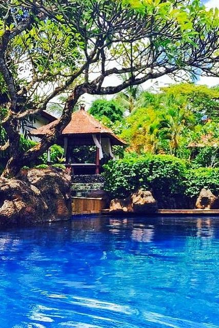Poolside at Grand Hyatt Bali. Photo courtesy of Leah Dogtash.