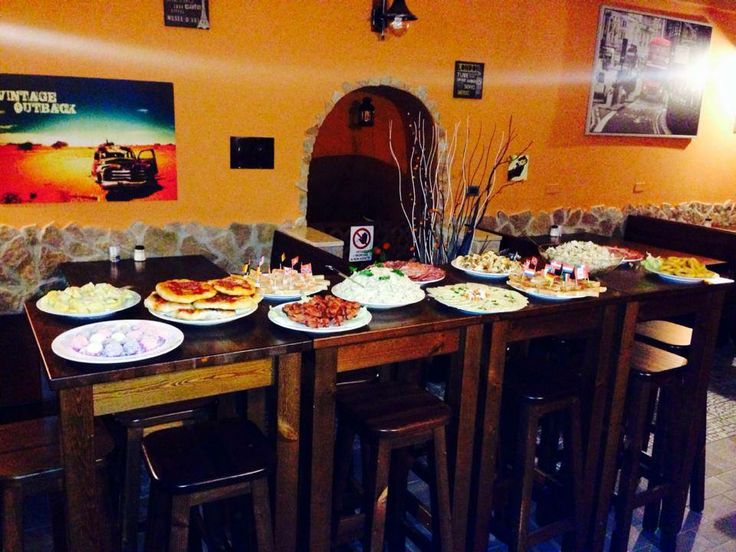 oltre 25 fantastiche idee su tavoli alti su pinterest | tavolo ... - Arredamento Esterno Foggia