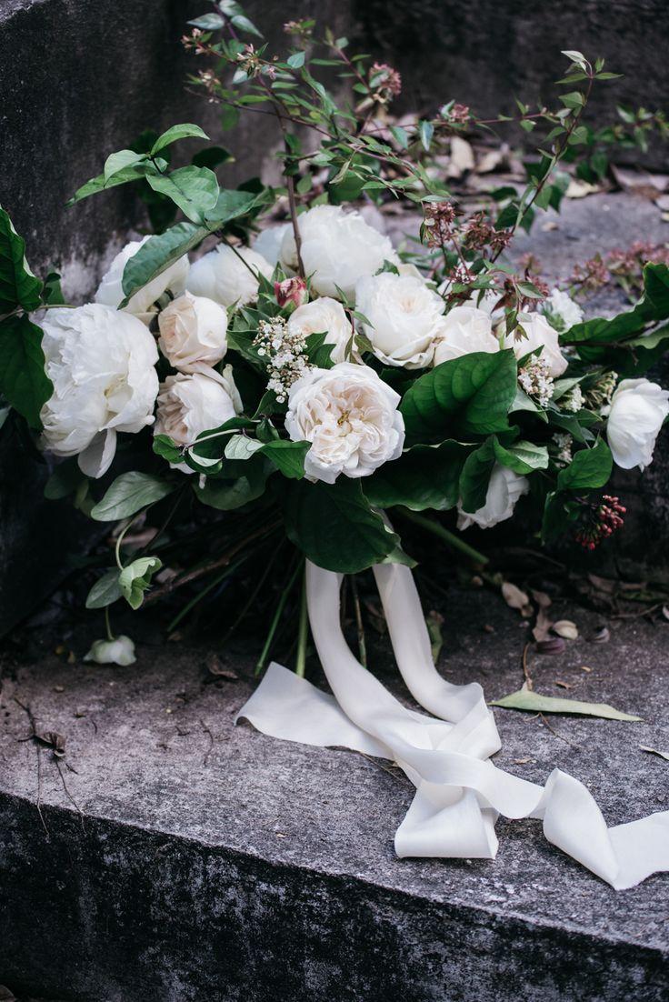 Enigmatique Romantic Modern Wedding Inspiration - Polka Dot Bride