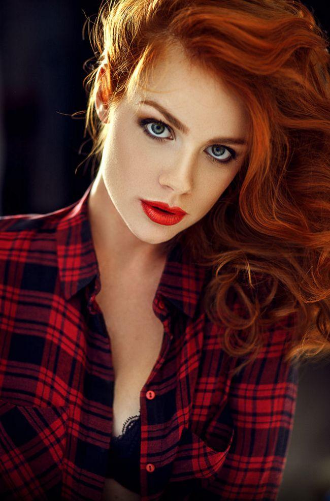 Pin by NOOKY DA on Beautiful Redheads | Stunning redhead