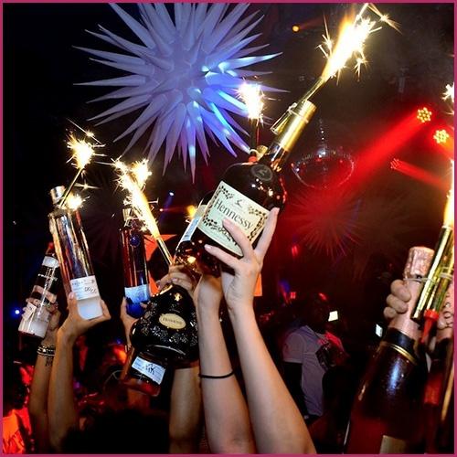 Champagne Bottle Sparklers 4