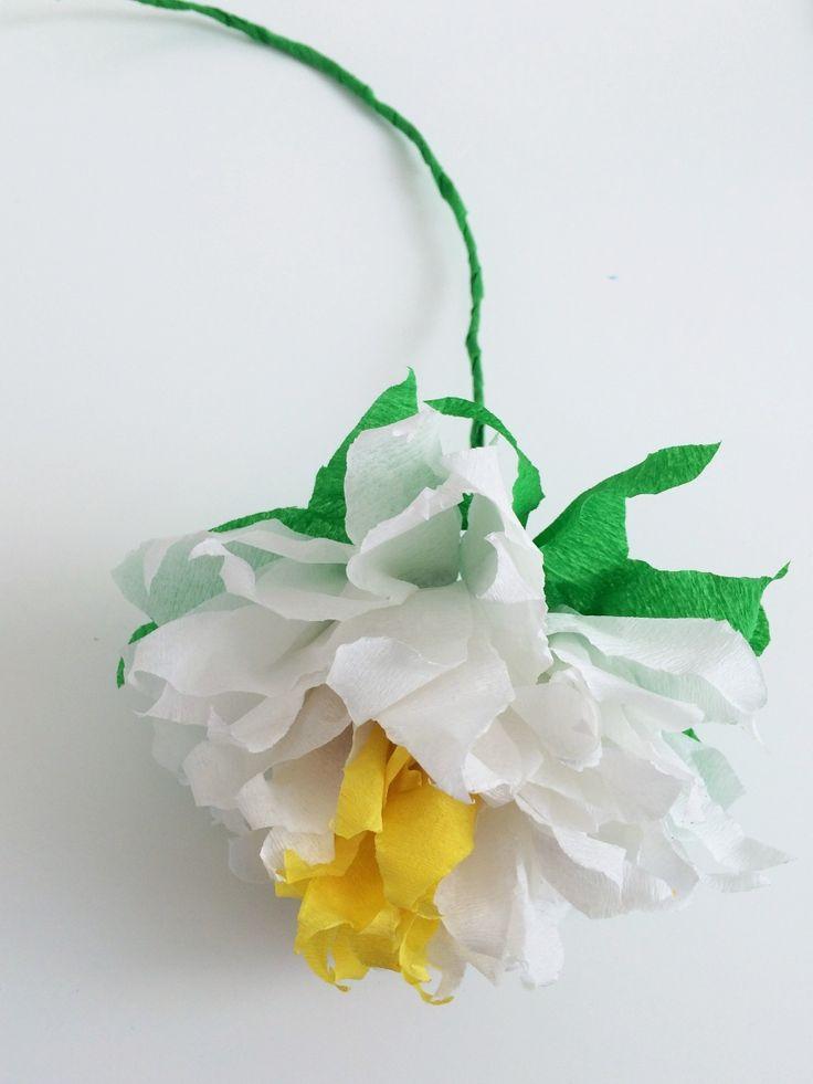 V&D blog: inspiratie over fashion, beauty, kids & living. Kleurige bloemen fleuren je kamer op. Maak ze zelf met deze tutorial!