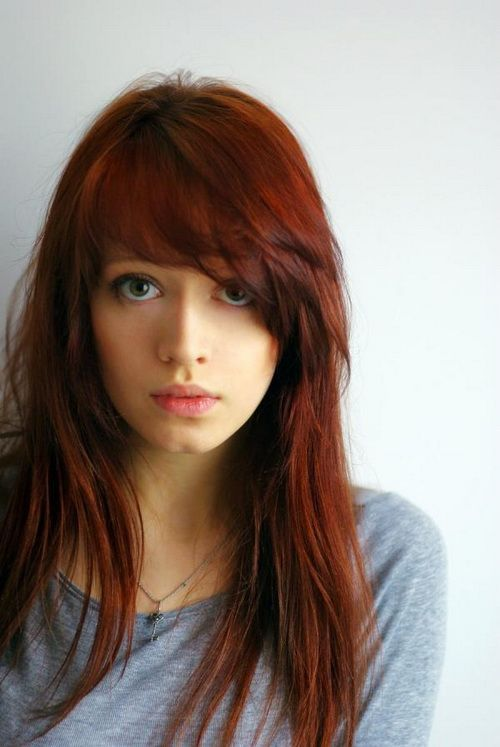 Long red hairstyle for oblong shape of face #hairstylesforlongfaces: