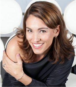 Marketing Spotlight: Amy Jo Johnson Launches Innovative and Interactive Contest for The Space Between #MobileTech #Mobile #tech