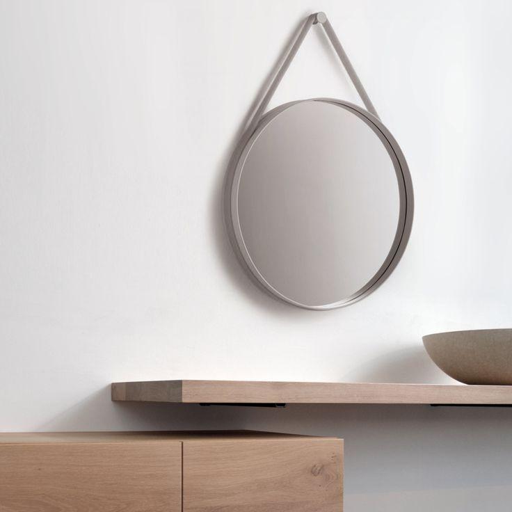 verrassend functionele spiegel van hay hier in onze showroom in combinatie met badmeubel lazio. Black Bedroom Furniture Sets. Home Design Ideas