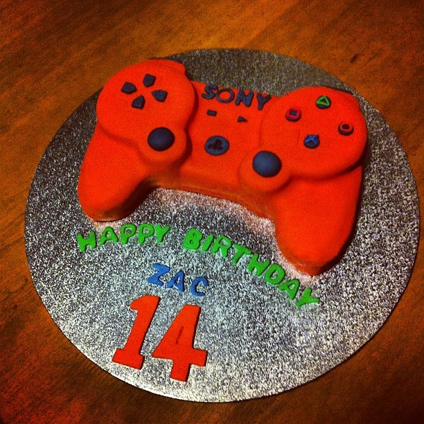 Another rad Sony cake we found on Instagram. Thanks @Spencer666 for sharing!