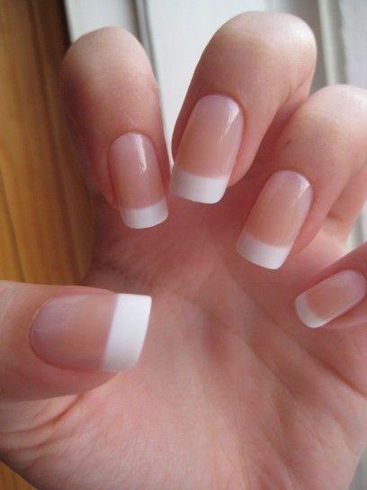 Applicazione delle unghie Artificiali in gel | Pelle Perfetta