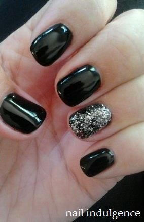 Love the shinny black :) So sophisticated and sheek!