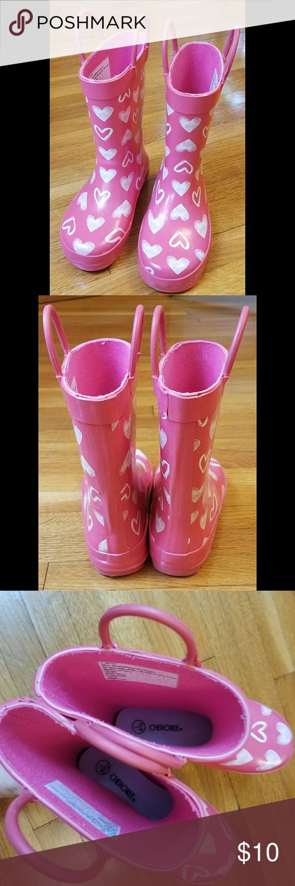 Cute Rain Boots These adorable rain boots are in great condition!   Size: 9/10 Cherokee Shoes Rain & Snow Boots