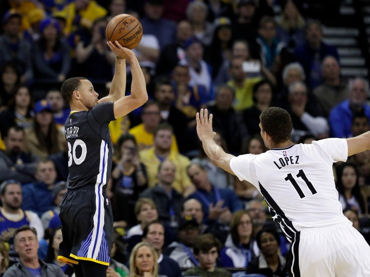 atOptions =  		'key' : 'bf2bff4e7fb67164ce567db083d9e759', 		'format' : 'iframe', 		'height' : 90, 		'width' : 728, 		'params' :  	; 	document.write('');    Photo               Stephen Curry shooting over Brooklyn's Brook Lopez during the Warriors' win on Saturday.               ...  http://usa.swengen.com/news-flash-warriors-heading-to-playoffs-and-the-earth-is-round-too/