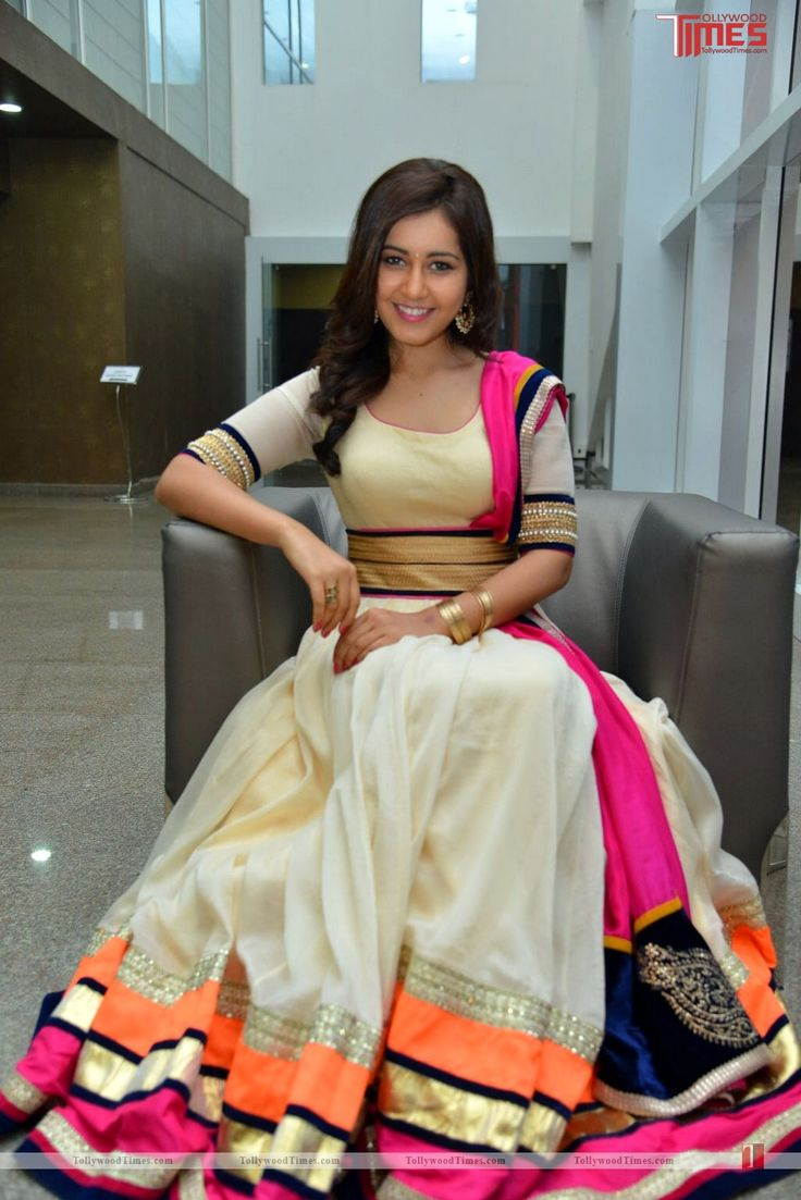 In Beautiful #Lehenga Actor @RaashiKhanna at 'Oohalu Gusagusalade' Audio Release,   http://www.tollywoodtimes.com/en/photo-gallery/fullphoto/wwpt16f44d/107140#sthash.pfexWm0j.dpuf <3