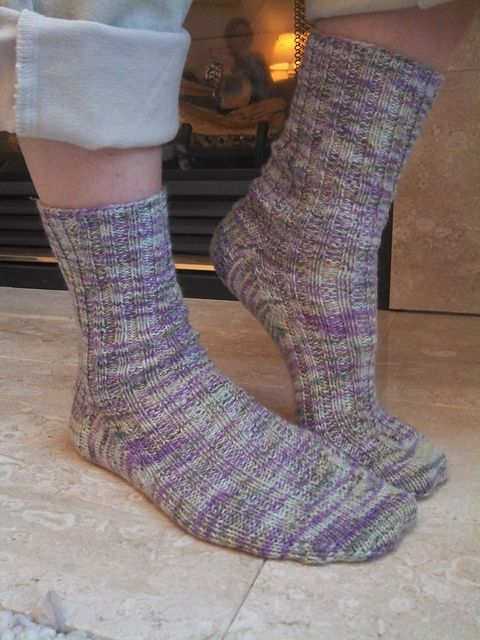 0f0bdc7bb555d8 This is a basic cuff-down sock pattern in two sizes suitable for a  beginning sock knitter or a more experienced knitter who is looking for …